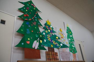 クリスマスパーティのシーンの練習用に、子供達が作ってくれたツリー。みんなありがとう